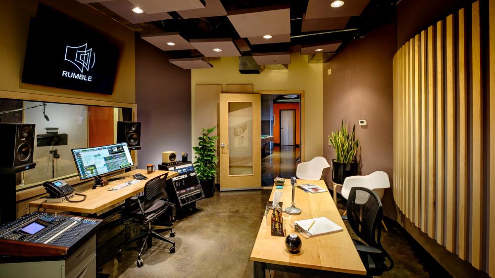 6 - Studio B